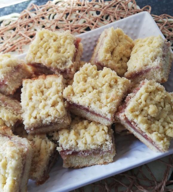 Hungarian Tart (grated Jam Biscuit)