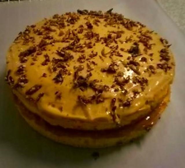 Vanilla Sponge With Caramel