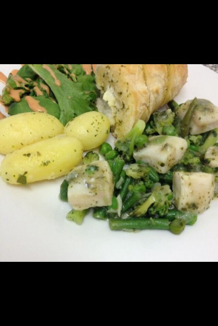 Light And Healthy Fish/veg