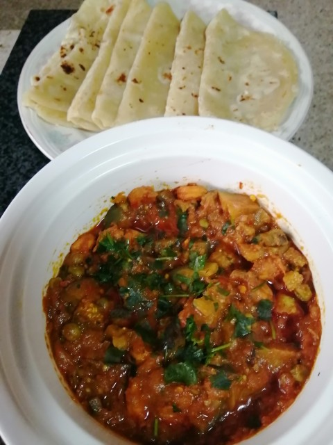 Prawn And Brinjal Tomato Curry