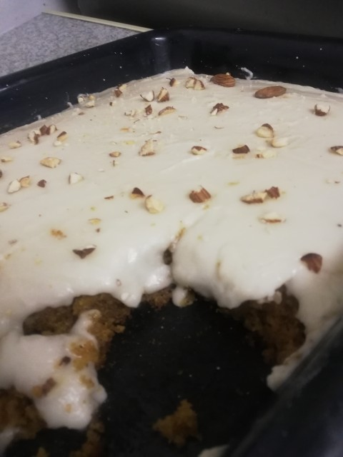 Quick And Easy Moist Carrot Cake