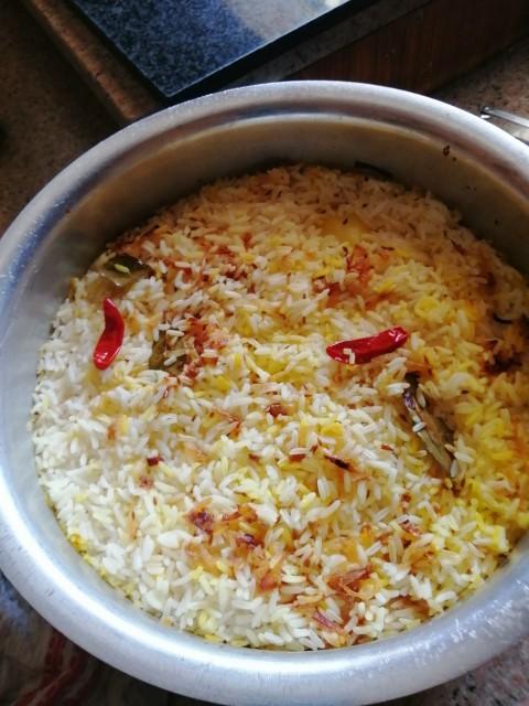 Memoni Chicken Biryani