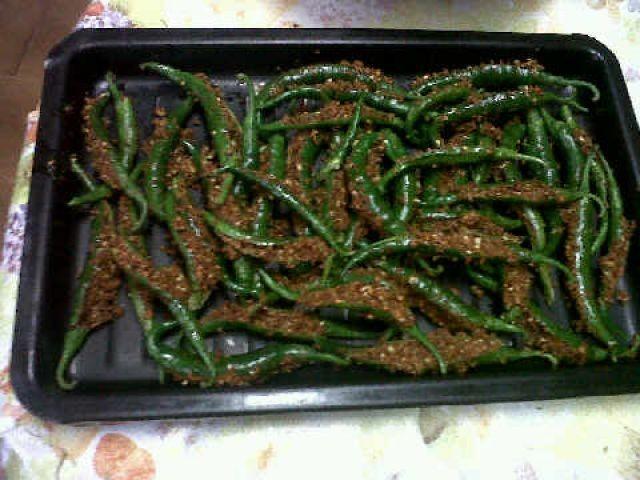 Stuffed Green Chillies