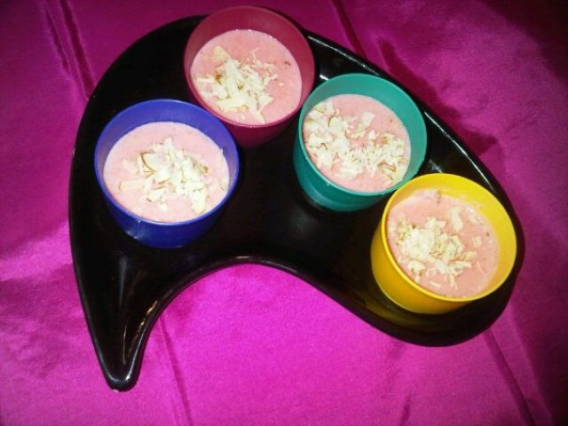 Phirni (semolina Dessert)