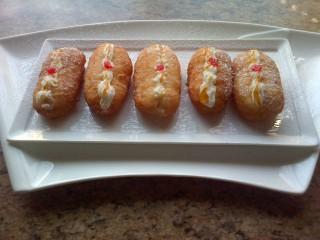 Cream Doughnuts
