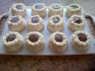 Snow Cakes With Choc Sauce