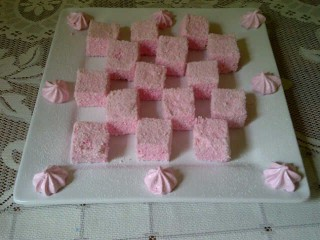 Strawberry Coconut Marshmallows