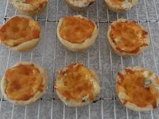 Mini Cheese & Mushroom Quiche