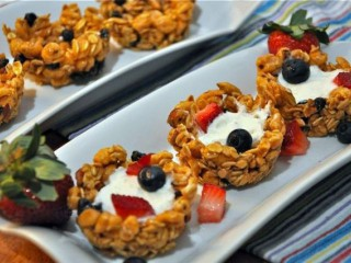 Almond-honey Granola Cups With Yogurt And Berries
