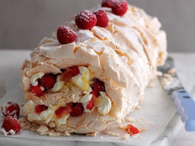 Red Berry Meringue Roulade Recipe