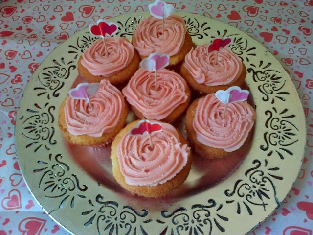 Simple Plain Cuppies