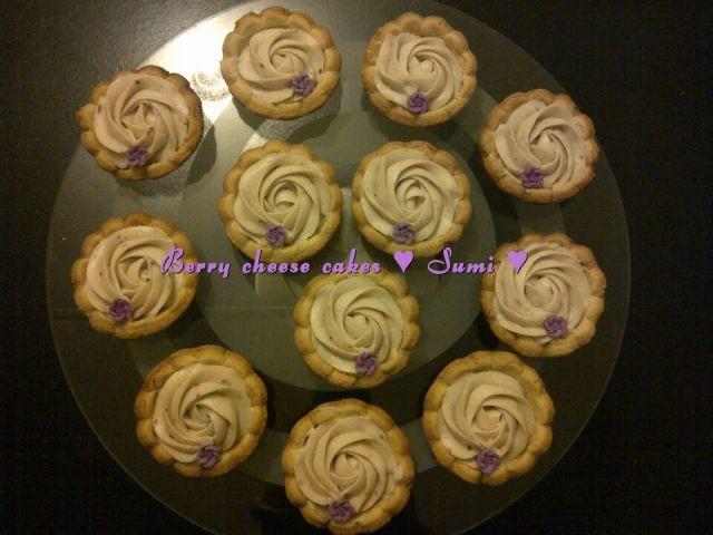 Blue Berry Mini Cheese Cakes
