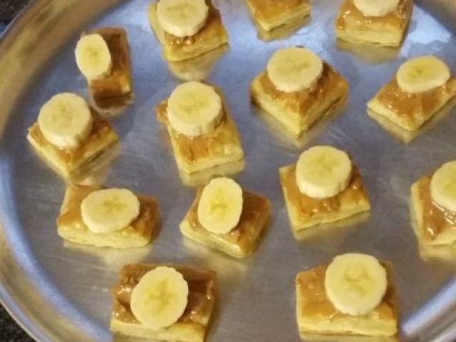 Banana Pies