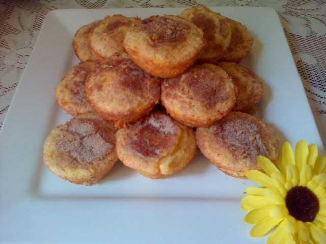 Pecan And Cinnamon Cake