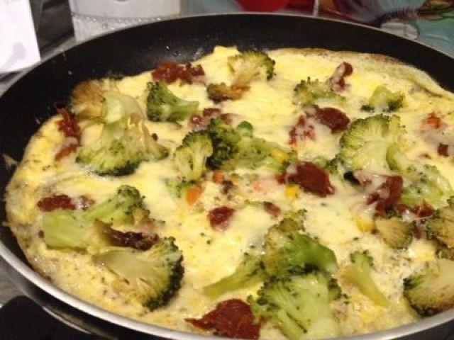 Rustic Broccoli, Sun-dried Tomato And Cheese Frittata