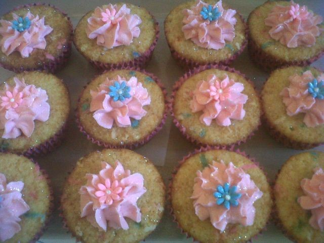 Classic Butter Cupcakes