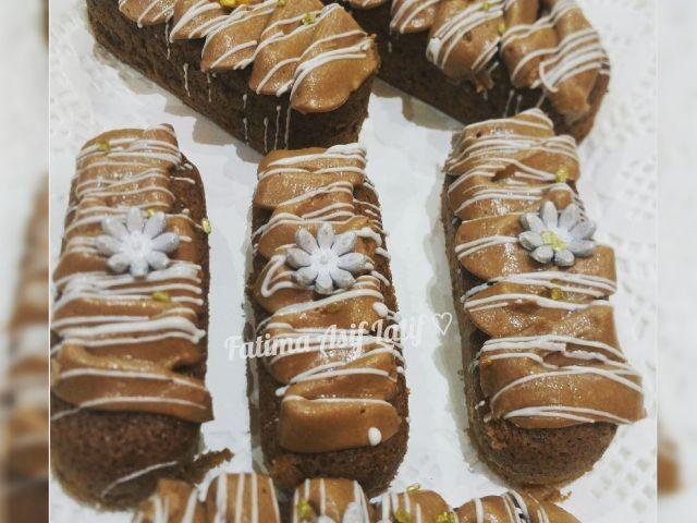 Chocolate Twinkies With Creamy Icing