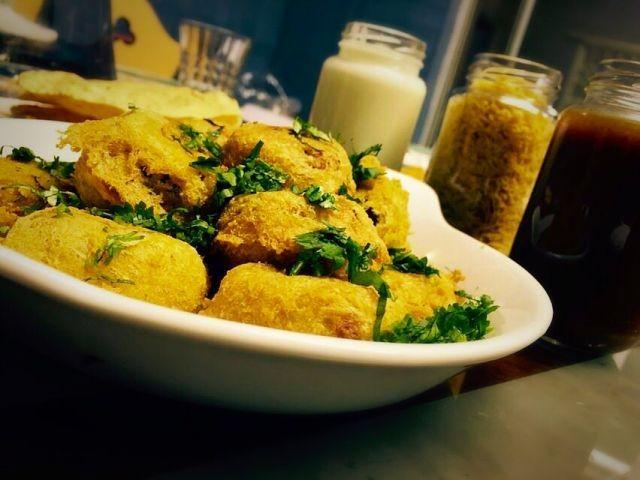 Bataka Vada Chaat Indian Street Food My Recipe Recipe By Mrs