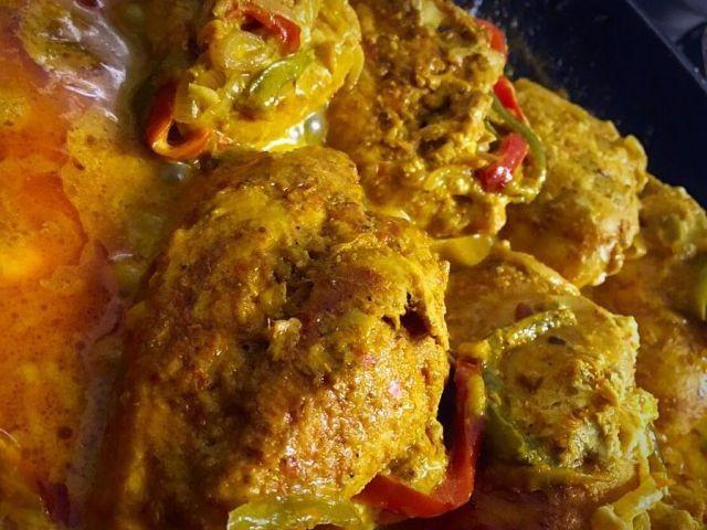 Stuffed Chicken Fajitas / Adapted From Buzzfeed