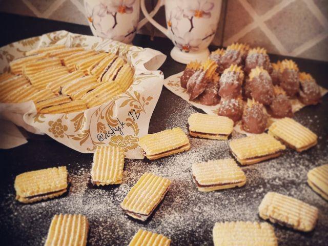 *custard Biscuits*