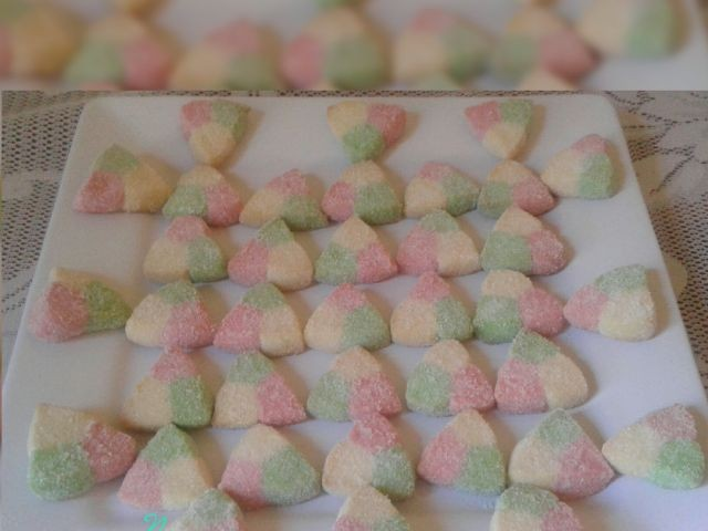 Colour Triangle Biscuits