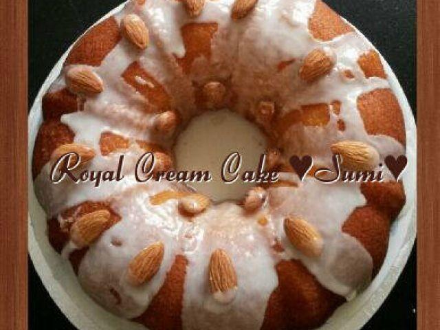 Royal Cream Cake