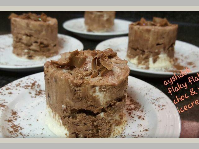 Flaky Flake Choc & Vanilla Icecream Mini Cakes