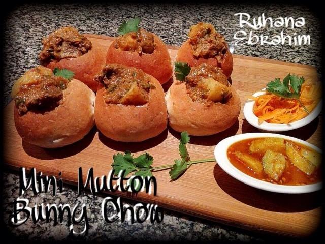 Mini Mutton Bunny Chow