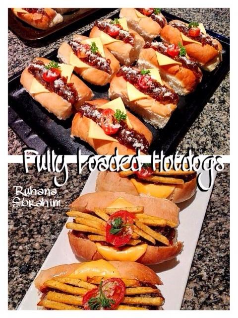 Fully Loaded Mini Hotdogs