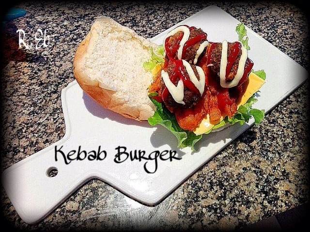 Kebab & Fries Burger