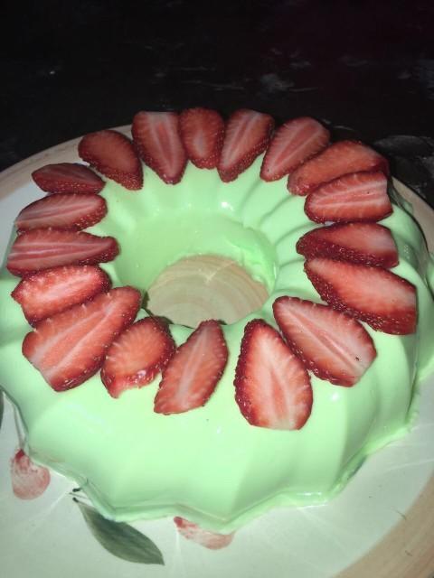 Pista Falooda Dessert