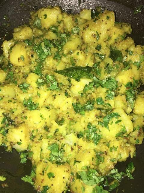 Potatoes In Green Masala
