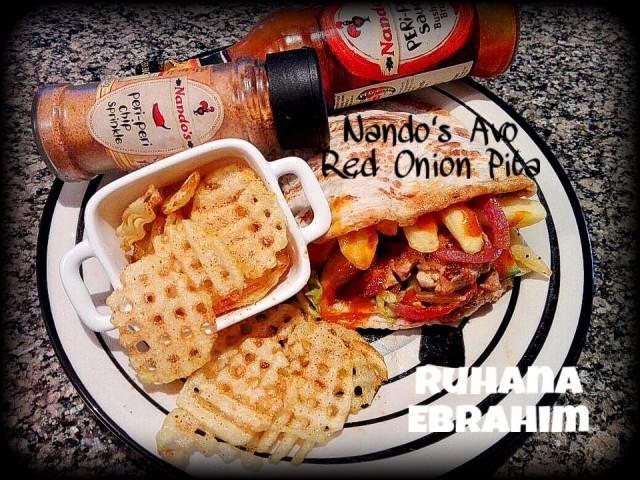 Nando's Avo Red Onion Pita