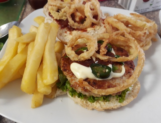 Ayeshis Jalapeno Chicken Burger