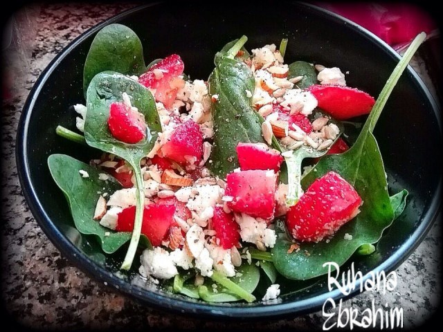 Baby Spinach Strawberry Salad