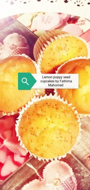 Lemon Poppy Seed Cupcakes