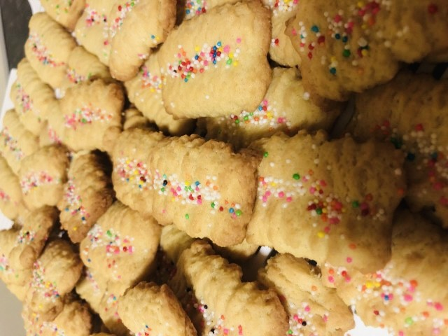 Good Old Custard Biscuits