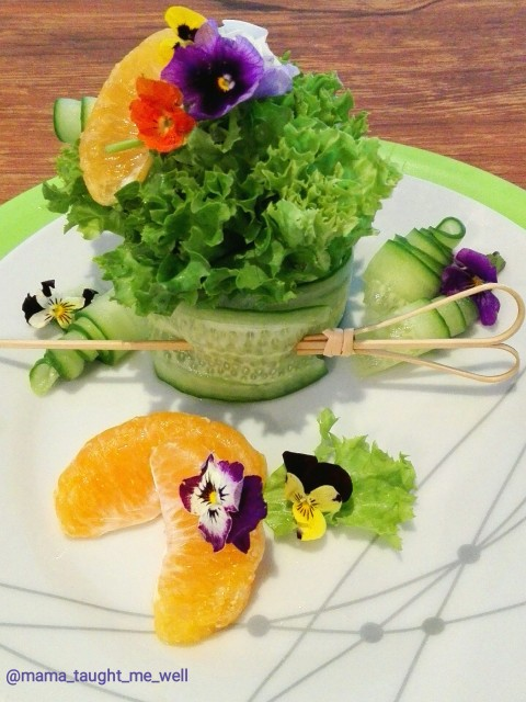 Naartjie Avocado Cucumber Salad