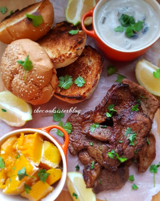 Rump Steak Served With Butternut, Mushroom Sauce And Toasted Buns