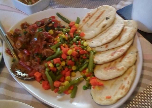 Saucy Steak/veg/naan