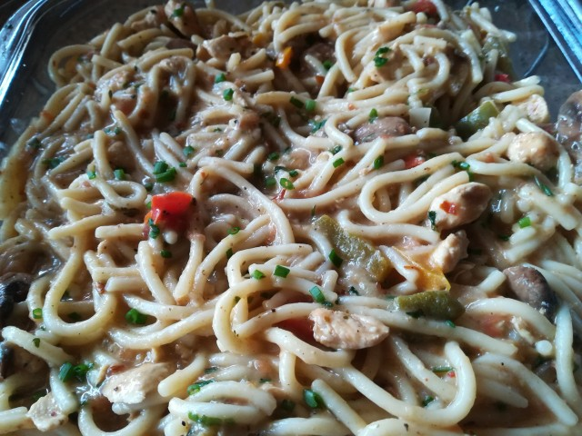 Chicken Chinese Spagetti/noodles
