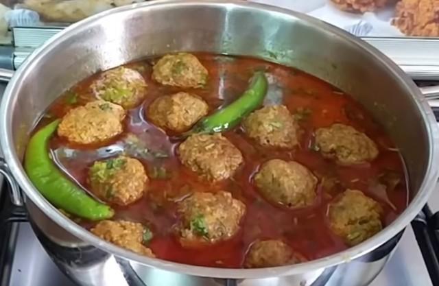 Mutton Kofta Curry (meatballs)