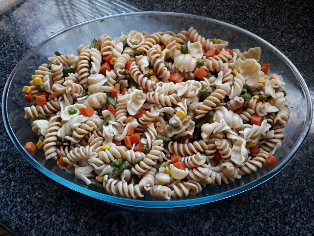 Quick & Easy Pasta With Veggies