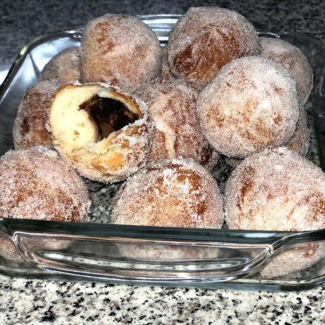 Arabic Dough Doughnuts Filled With Bar-one