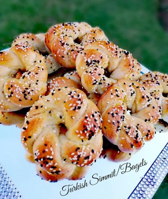 Turkish Simmit/bagels