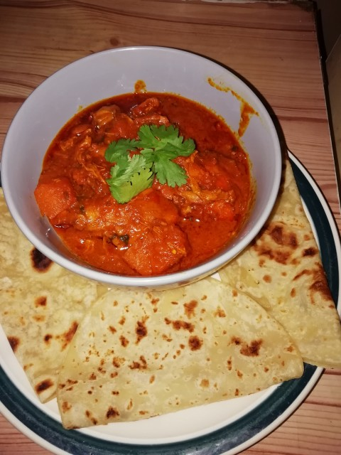 Chicken Curry And Roti