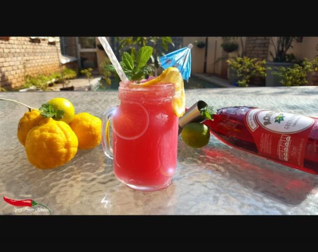 Pink Lemoade Mocktail