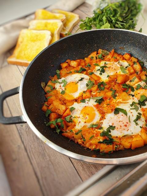 Aloo Fry Eggs
