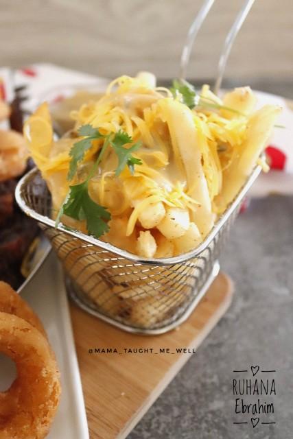 Cheesy Mushroom Fries