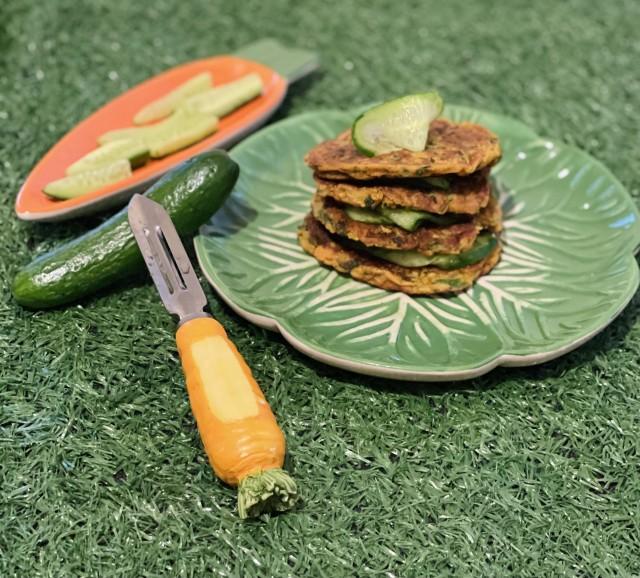 Carrot & Cucumber Crumpets (warna/pandela?)